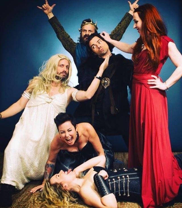 Supernatural: Rob Benedict, Brianna Master, Kim Rhodes, Ruth Connell, Matt Cohen, Richard Speight Jr (photo via Brianna's Instagram)