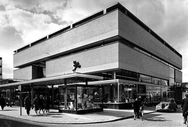 Dom Towarowy Galeries Modernes Rotterdam 1954-1957 arch. J. B. Bakema