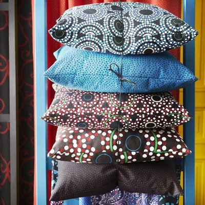 Мало кто знает, что Фрэнк Баум, автор «Волшебника страны Оз», ставшей у нас Изумрудным городом, написал еще один бестселлер. Называется он The Art of Decorating Dry Goods Windows and…