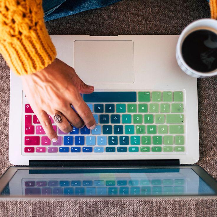 ¿Tienes un negocio propio o te gustaría iniciar uno durante la cuarentena? Aquí los tips infalibles para emprender desde casa, a través de redes sociales. Blogging, Stay At Home, Cute Baby Animals, Interesting Stuff, Cute Babies, Clothes, Shopping, File Folder Games, Online Marketing