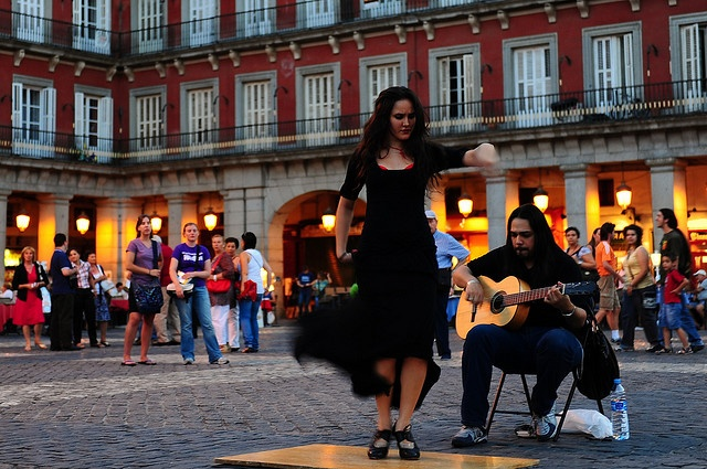 Flamenco dancing on the streets of Madrid!