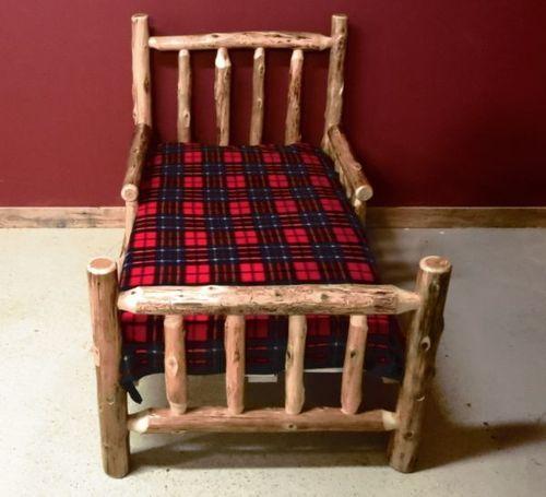 Cedar Log Toddler Bed in 2020   Rustic furniture ...