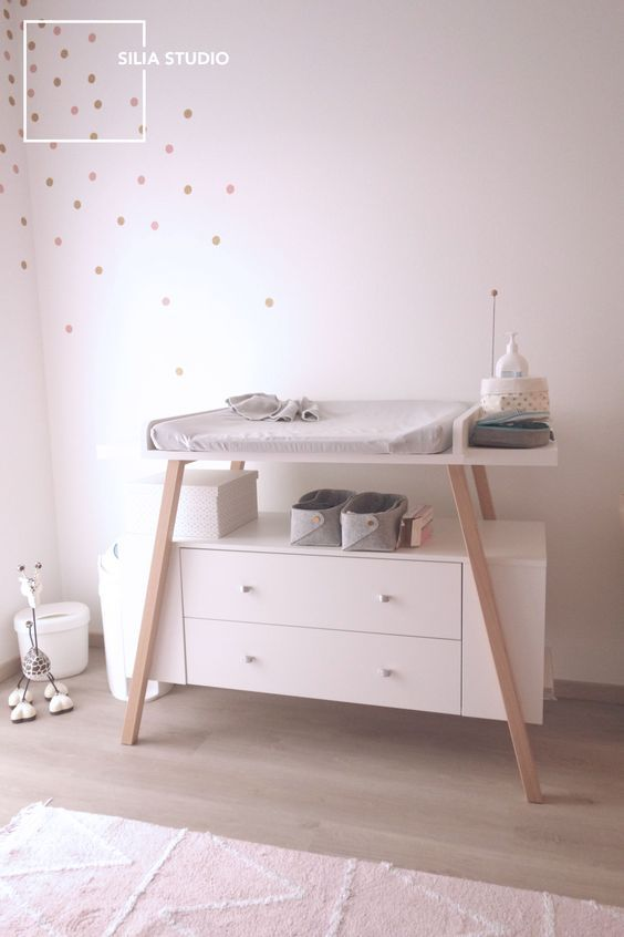 table à langer scandinave chambre bébé commode | Baby room in 2019 ...