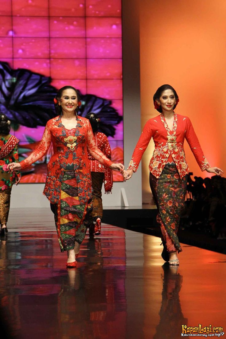 Kebaya Koleksi Anne Avantie, Indonesia Sehati, IFW 2012, di Plenary Hall Jakarta Convention Center (26/02)