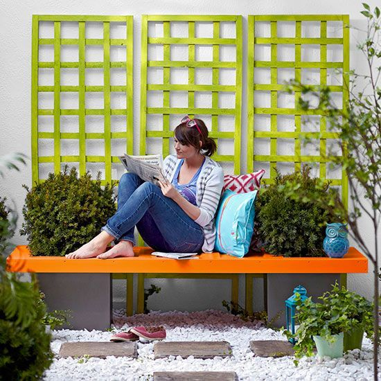 Repurposed Door Projects for the Garden • Lots of ideas & Tutorials! Including this garden bench from bhg.