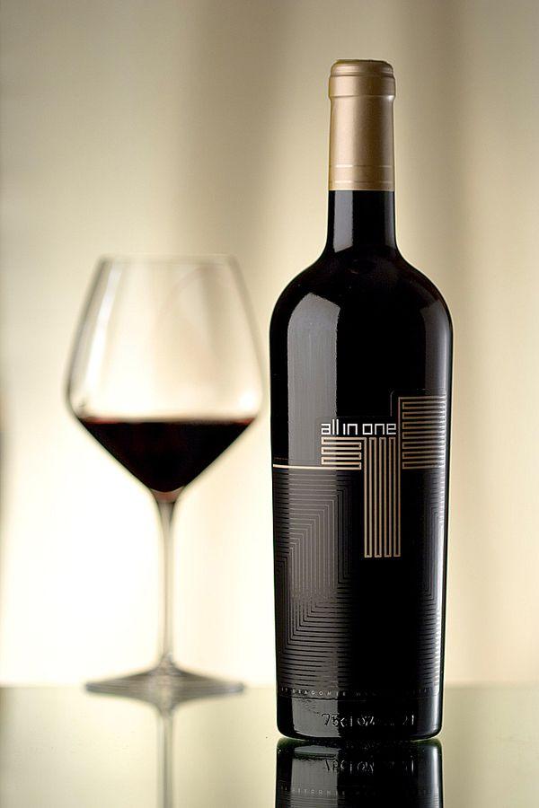 Wine bottle shrink sleeve Labels design. #etiquette #bouteille #shrink #sleeves #bottle #labels