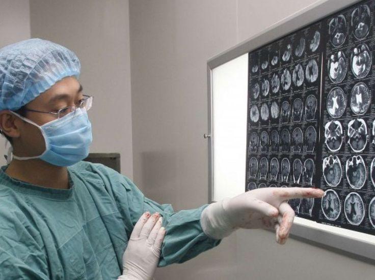 Un implant cérébral contre les tics - Sciencesetavenir.fr