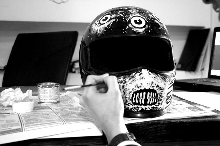 Custom paint Bandit Simpson helmet