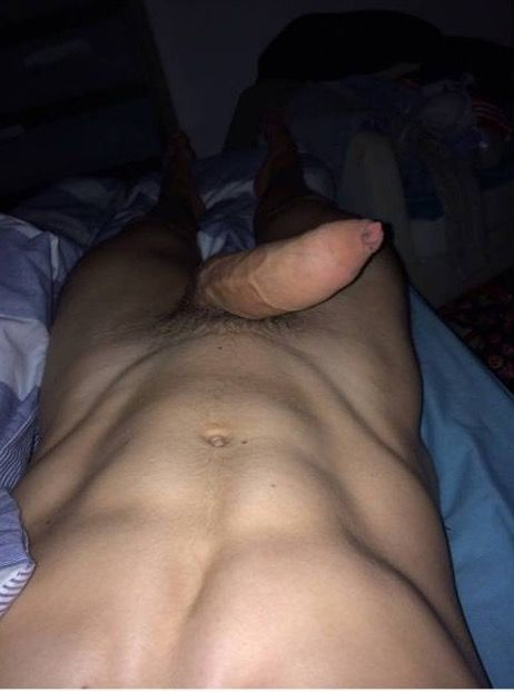 Sexy footballer aaron moody, caught nu0e big bulge