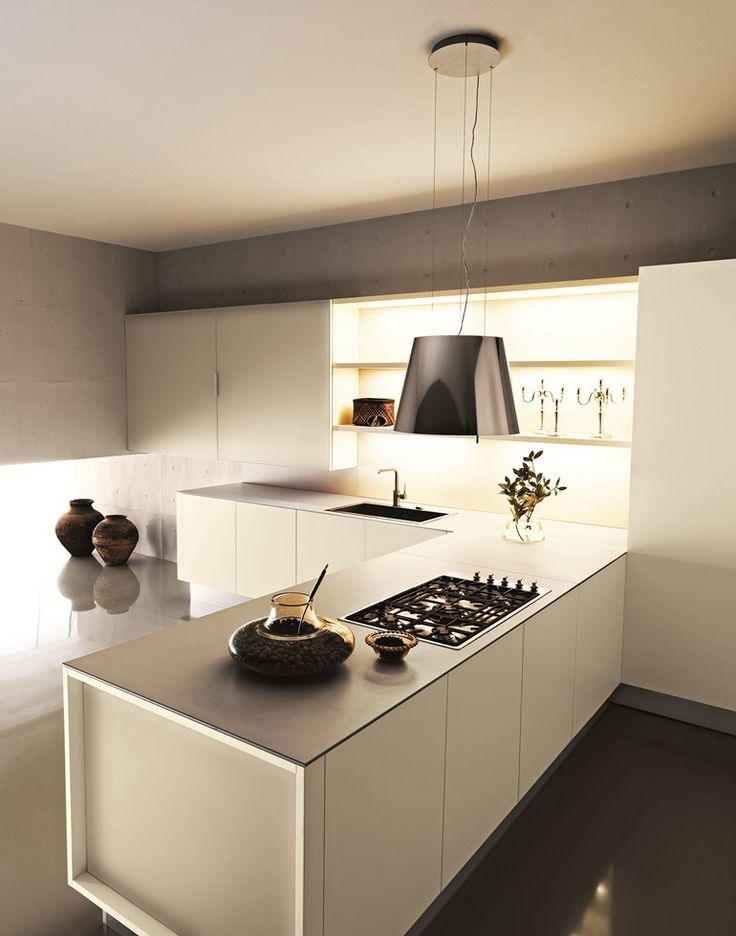 Lacquered #kitchen with peninsula YARA 04 by Cesar Arredamenti design Gian Vittorio Plazzogna