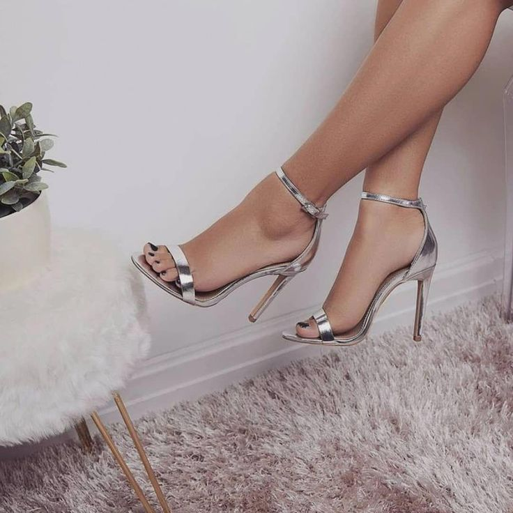 Simple and stylish heels  Matching dress >> @dresses_addiction Matching nail pol… – Sandals Heels