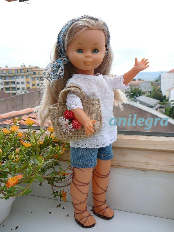 """Conjunto """"vacaciones"""" para nancy pantalón corto , blusa y fulard es de 18 euros Si lo queréis completo con cestito y sandalias el precio sería de 30 euros y llevaría el collar de regalo"""