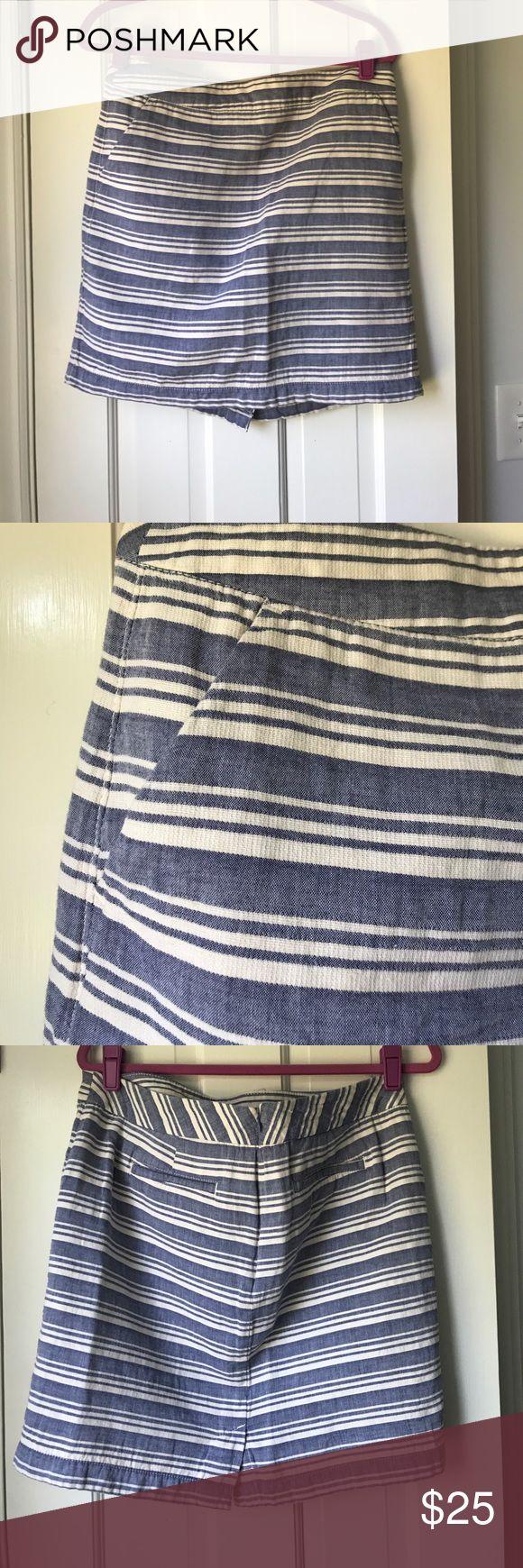 Stripped skirt Blend of cotton and linen. Side front pocket and back Ali pockets, natural waist, never worn. Tommy Hilfiger Skirts Pencil