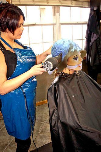 Les 73 meilleures images du tableau coiffeur sadomazo sur for Salon de coiffure sexy
