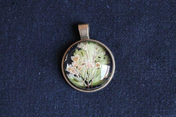 Plant flower glass boho elegant pendant by Miodunka on Etsy