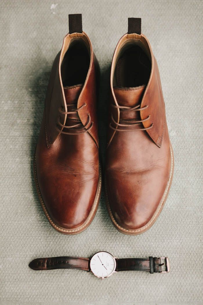 Brown leather groom shoes | Image by Kelly Brown