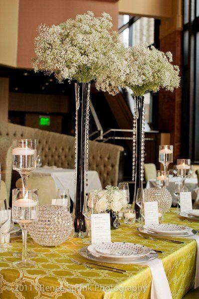 Tall Vases with Babies Breath I Viva L'Event NC I #weddingcenterpiece