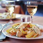 Witlofsalade met peer, feta en walnoten - recept - okoko recepten