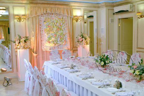Свадебное оформление с небольшой ажурной рамы в аренду