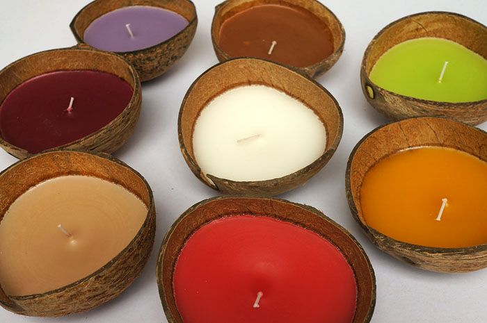colorful coconut shell candle -- can make these ourselves with http://www.shelloutlet.com/catalog/item/2833121/8993308.htm