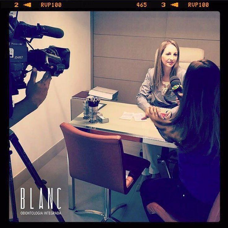 """Gravação de hoje da nossa Invisalign Doctor Dra Sandra Lazar falando um pouco sobre o Sistema Invisalign para o quadro """"Alô Doutor"""" do Jornal Band Cidade. Não percam hj sexta-feira às 18:50h! Sintonize na Band #Invisalign #band #bandcidade #alôdoutor #ortodontia #sorriso #souinvisaligndoctor #invisaligndoctor #blancodontologiaintegrada #salvador #bahia #brasil by blancodonto.ba Our Invisalign Page: http://www.lagunavistadental.com/services/cosmetic-dentistry/invisalign/ Other Cosmetic…"""