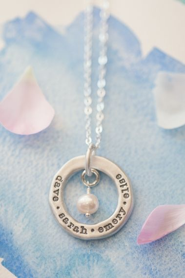 open circle pearl necklace {sterling silver} | Lisa Leonard Designs  Check out her blog for the giveaway details.