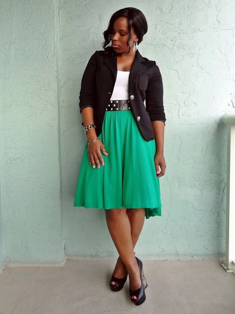 Love this look. But I'm wearing my emerald skirt with a denim jacket.