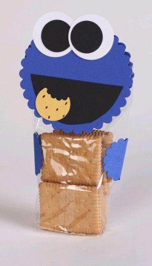 Krümelmonster verpackung selber machen für ein originelles Geburtstagsgeschenk. Nicht nur für einen Kindergeburtstag niedlich, sondern auch für Erwachsene zu Weihnachten zum Beispiel, da es ein schönes persönliches Gechenk ist. Noch mehr Ideen gibt es auf www.Spaaz.de