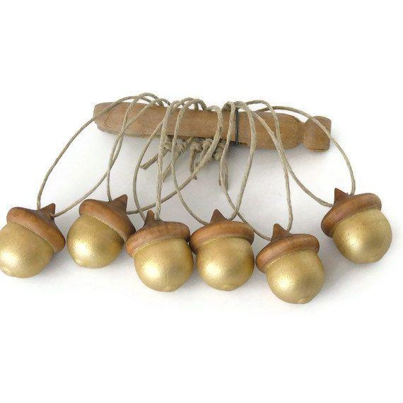 Metallic Gold Hand Painted Wooden Acorns: Acorn Tags, Acorn Ornaments, Fall Christmas, Christmas Holidays, Acorn Gold, Wooden Acorn, Christmas Decor, Gifts Tags, Acorn Christmas