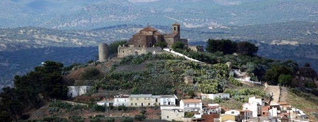 Al Norte de la provincia de Jaén, entre montañas y olivos, encontramos un pequeño municipio, caracterizado por su historia y tradición, que hacen de él un destino obligado de conocer, su nombre es Vilches. Su situación privilegiada, rodeado de montes y pantanos, le convirtieron durante siglos en un fuerte punto estratégico para los diferentes pueblos ...