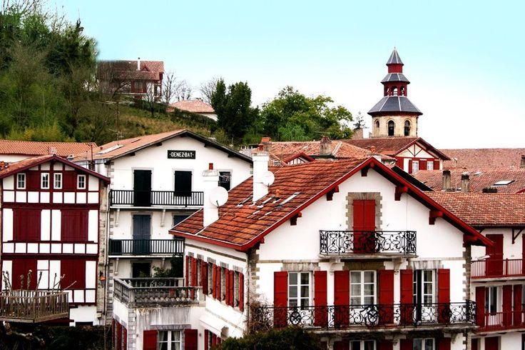 DONIBANE LOHITZUNE LAPURDI EUSKAL HERRIA / Pays Basque.