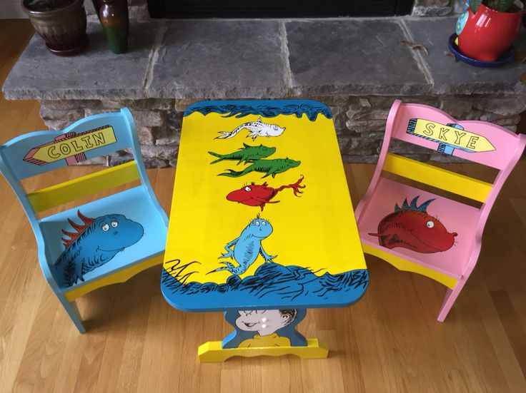 One Fish, Two Fish, Red Fish, Blue Fish Table Set   Completed!