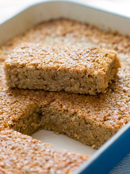 baked oatmeal oat bars: Oatmeal bake with oats, spices, milk/milk substitute, egg whites, Greek yogurt, pureed pumpkin or banana, coconut flakes, almonds. Delicious healthy breakfast, high protein/fiber and #lowsugar