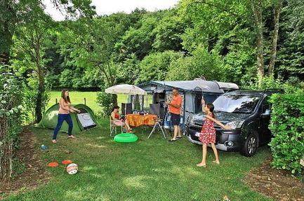 Gekozen tot TOPcamping Camping Cheque 2014: Camping Le Moulin du Roch ***** Frankrijk - Aquitanië - Dordogne - Sarlat-la-Canéda | Beoordeling: 8,5|Bekijk 7 beoordelingen - geschikt voor gehandicapten - ook ACSI- card korting - stacaravans en trekkershutten te huur