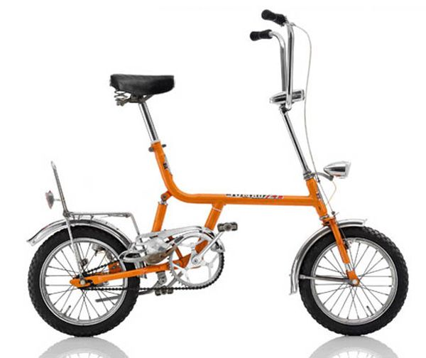 """JUMBO JET  1975, GER Frame: Steel varnished Bicycle gearing: 1 Speed Brakes: Rim Cantilever / Coaster Brake Tyres: 16"""" Wired Tyre / 16"""" Wired Tyre Weight: 38,58 lbs"""