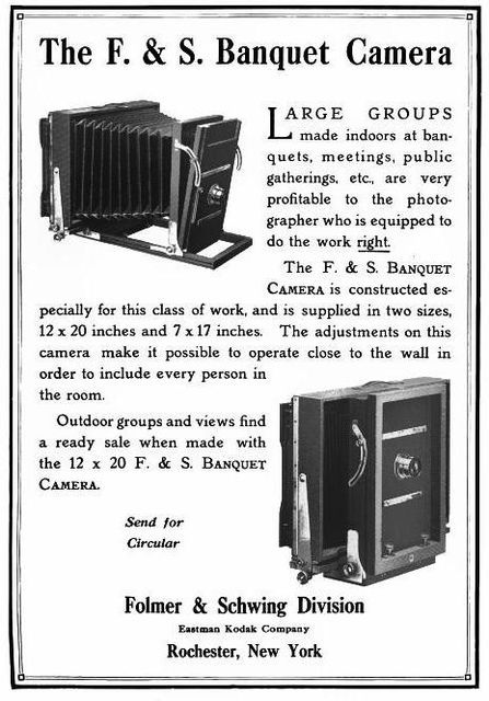 447px-Folmer-Schwing-banquet-camera-1914.jpg (447×640)