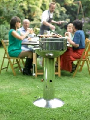 #Barbecook, c'est des barbecues travaillés autant graphiquement qu'au niveau des possibilités qu'ils offrent avec par exemple le système d'allumage breveté QuickStart.