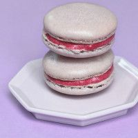 Birthday Cake & Blackberry Macarons | Cookies.Bars.Brownies | Pintere ...