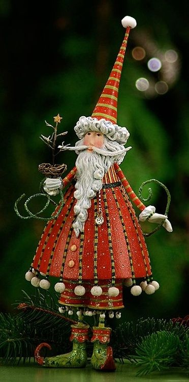 Patience Brewster Krinkle Dash Away Dashing Santa Claus Red Christmas Ornament