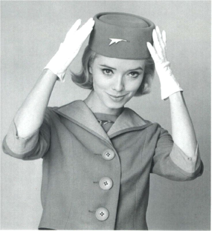 So love the hat and gloves! #anekdotique.com #stewardess #goldenage #hostess