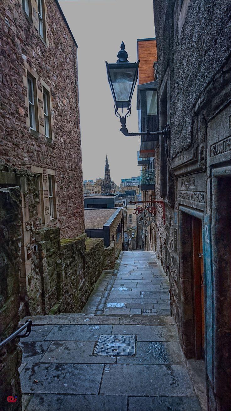 Close-Edinburgh