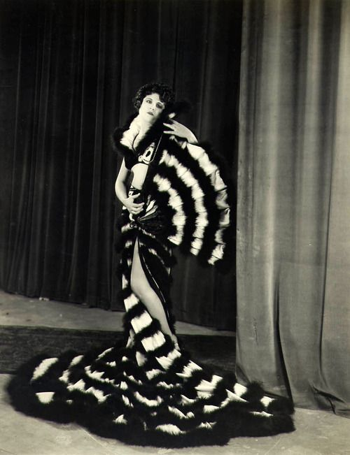 Lina Basquette, 1920 #carrouseldelamode