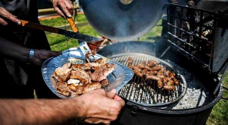 al via venerdì 10 giugno la nuova edizione di Piacere Barbecue!  vi aspettiamo per un ... viaggio di Braciere :) #Perugia #piacereBarbecue #wlaciccia http://bit.ly/1TC6T9l