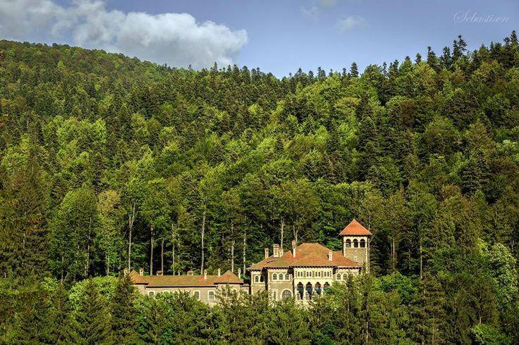 Castelul Cantacuzino, Busteni