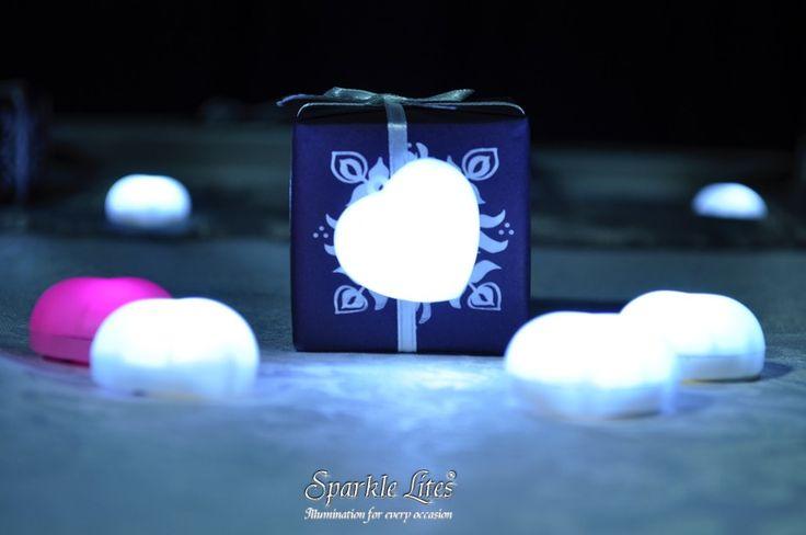 Sparkle Hearts on wedding keepsake boxes.
