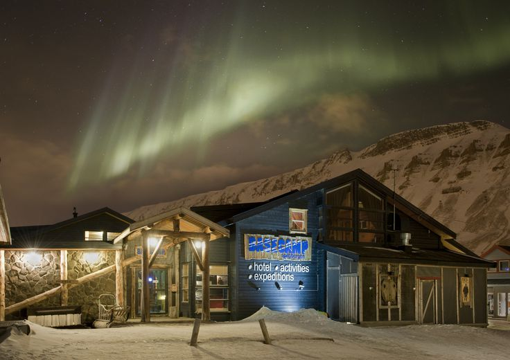 Trapper's Hotel - right in the hearth of Longyearbyen <3