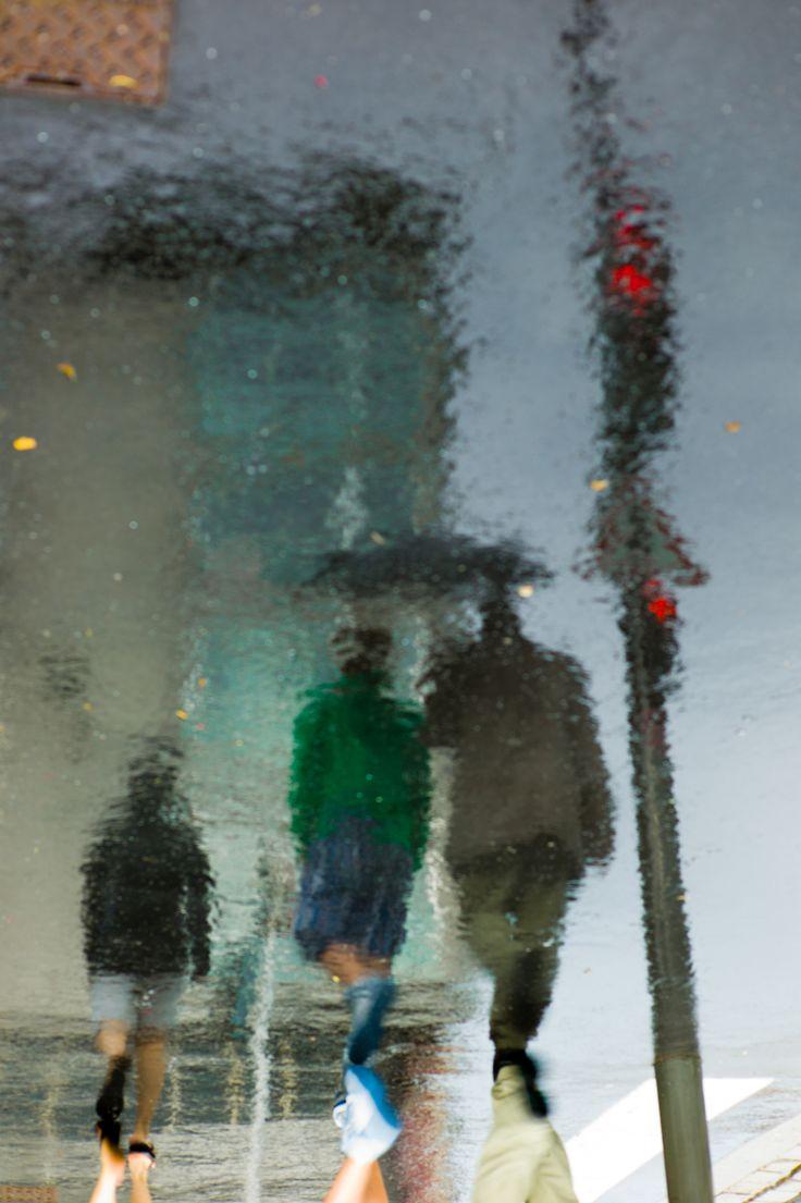 Reflecting+tumblr | rain reflection street photography Umbrellas leica artists on tumblr ...