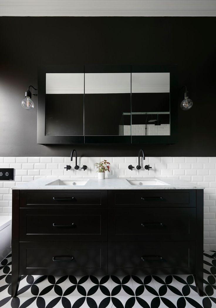 Monochrome Victorian inspired bathroom from our Maribyrnong Home