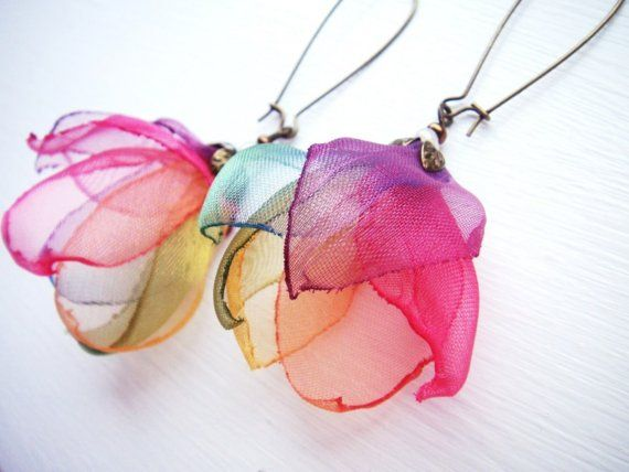 Flower Organza earrings - Fun idea!  These are amazing!  I want to make some right now!