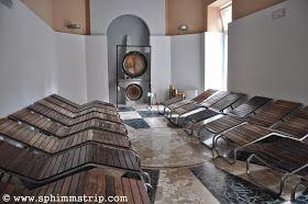 Sala del gong, Lago delle Sorgenti - Acqui Terme - Alessandria - Piemonte - Italia - #feelingoodmonferrato http://www.sphimmstrip.com/2014/06/feelingoodmonferrato-un-itinerario-per-vivere-alessandria-monferrato.html?m=1